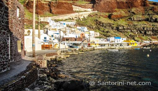 Awesome view of Ammoudi port. Beautiful colors, houses and fish taverns