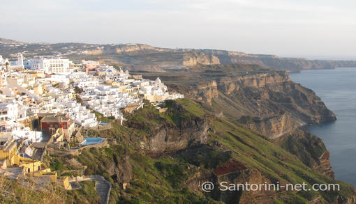 A panoramic photo of Fira, taken from Firostefani