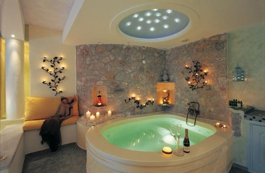 honeymoon_suite_private_couples_jacuzzi_seavolcanocaldera_views__astarte_suites_hotel__santorini_island