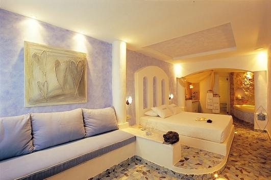 senior_suite_private_couples_jacuzzi_seavolcanocaldera_views__astarte_suites_hotel__santorini_island